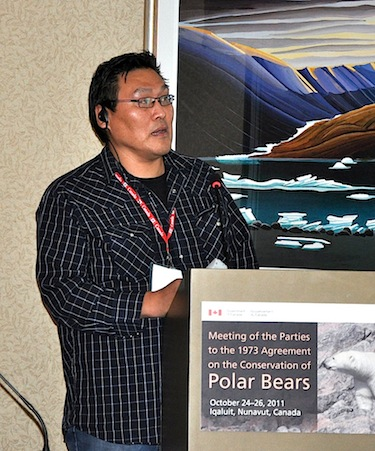 Nunavut Tunngavik Inc.'s director of wildlife, Gabriel Nirlungayuk, speaks to delegates at an international meeting on polar bear conservation in Iqaluit Oct. 24. Nirlungayuk says traditional Inuit knowledge is a vital part of understanding polar bear populations. (PHOTO BY SARAH ROGERS)