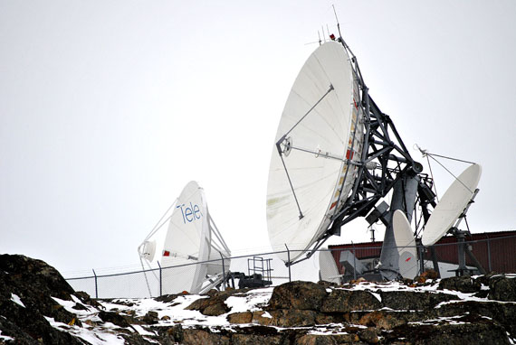 Telesat Canada's earth station in Iqaluit. The Nunavut territory is totally dependent on only three Telesat Canada satellites for all forms of electronic communication. Telesat Canada, a former Crown corporation that is now privatized, holds a monopoly over satellite services in Canada. (PHOTO BY JIM BELL)