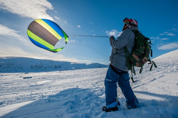 Kite-skier Jobie Unatweenuk learns how to better control his kite during a recent kite-ski clinic in Kangiqsualujjuaq. (PHOTO BY PASCAL POULIN)
