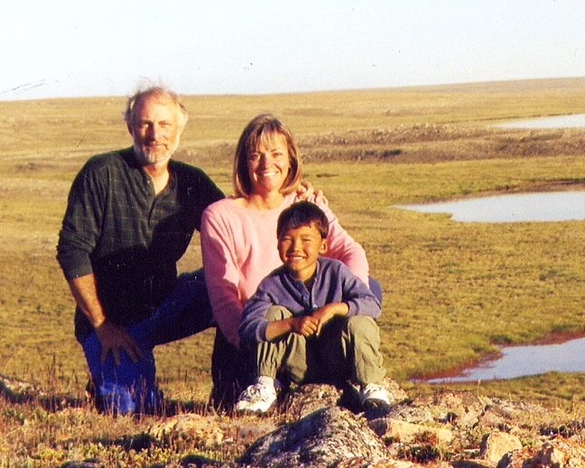 David and Laurie Pelly with Eric on Victoria Island in 2000. (PHOTO COURTESY DAVID PELLY)
